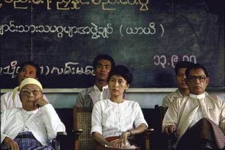 1988-burmese-opposition-l-014